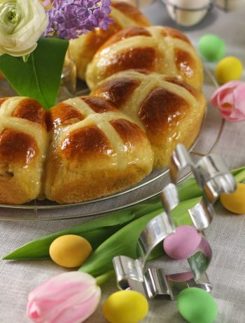 hot-cross-buns